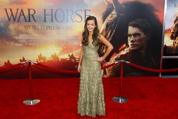 «Боевой конь». Актриса Селин Бакенс (Эмили) на мировой премьере фильма «Боевой конь» в Нью-Йорке. Фото: Neilson Barnard/Getty Images