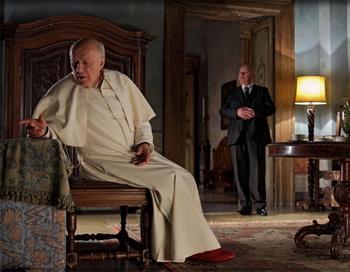 «У нас есть Папа!». Мишель Пикколи и Ежи Штур в фильме «У нас есть Папа!». Фото с сайта kino-teatr.ru