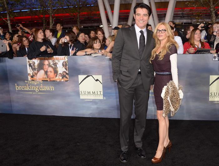 Горан Вишнич с супругой на премьере фильма «Сумерки. Сага. Рассвет: Часть 2» в Лос-Анджелесе, Калифорния. Фото: JOE KLAMAR/AFP/Getty Images