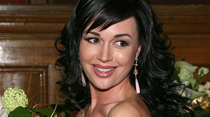 Актриса Анастасия Заворотнюк. Фото с сайта kino-teatr.ru