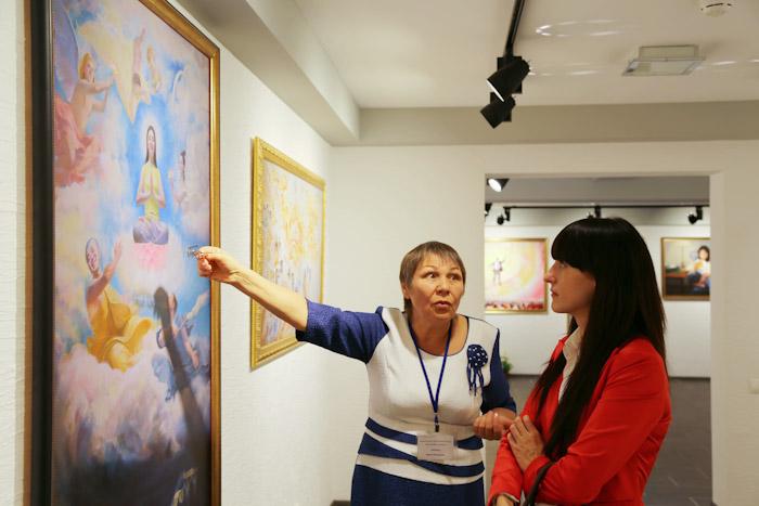 Международная художественная выставка «Истина, Доброта, Терпение». Фото: Александр Трушников/Великая Эпоха (The Epoch Times)