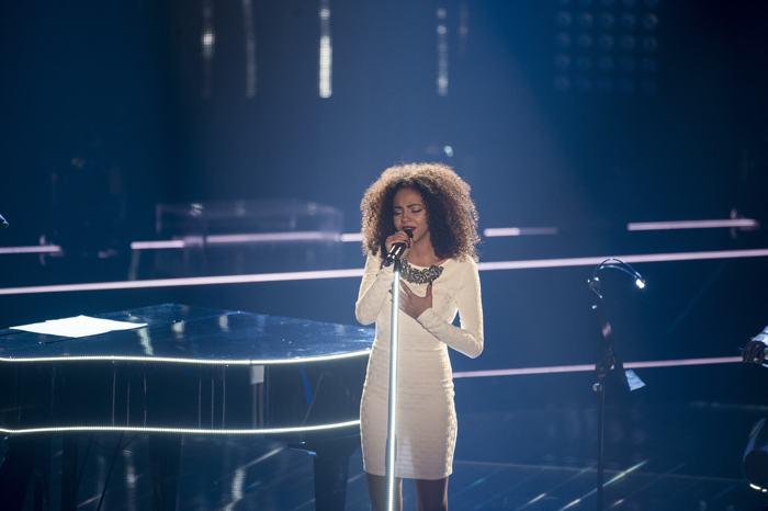 Дебби Шипперс (Debbie Schippers) выступила в полуфинале конкурса «Голос Германии» 13 декабря 2013 года в Берлине. Фото: Timur Emek/Getty Images