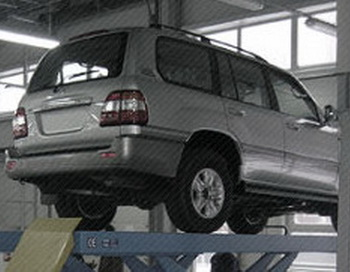 Только качественное оборудование для автосервиса позволит Вам своевременно выполнить цикл технического обслуживания и сохранить превосходное качество автомобилей клиентов. Фото: kremit.ru