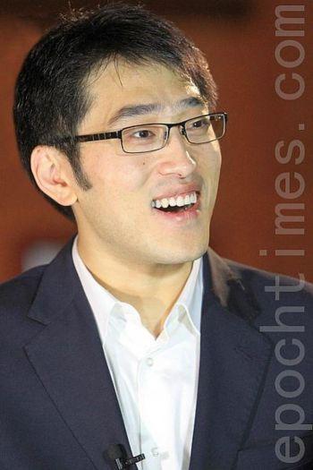 Гу Юн, главный танцор международной компании Shen Yun Performing Arts. Фото: Чэнь Мин / The Epoch Times