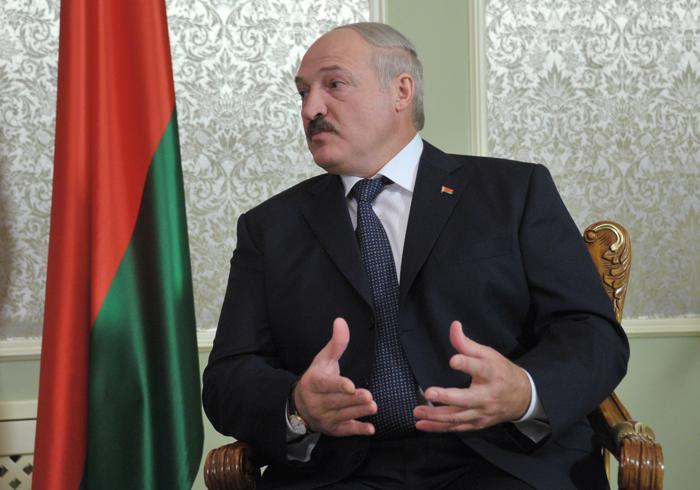 Президент Беларуси Александр Лукашенко боится мнения собственных граждан. Фото: ALEXEY NIKOLSKY/AFP/GettyImages