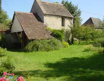 Новый дом автора статьи, Лори Карнас, в Нормандии, Франция. Фото с сайта  theepochtimes.com