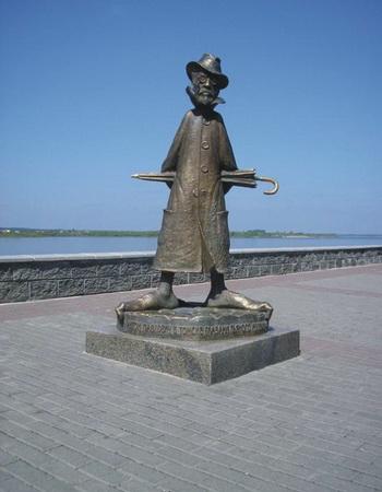 Памятник Антону Павловичу Чехову в Томске. Фото: Валерий Старовойтов