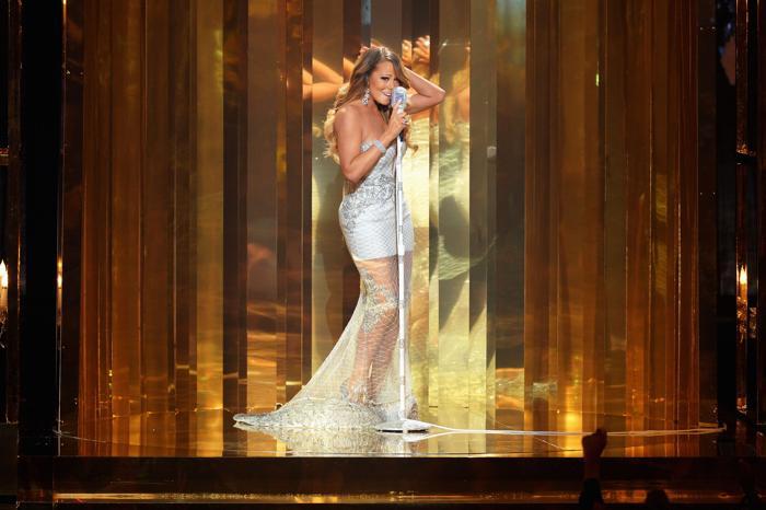Мэрайя Кэри выступила на церемонии вручения премии BET Awards в Лос-Анджелесе 13 июня 2013 года. Фото: Mark Davis/Getty Images for BET