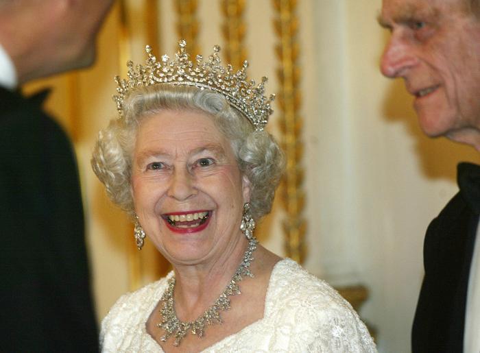 Королева Елизавета II. Фото: LAURENT REBOURS/AFP/Getty Images