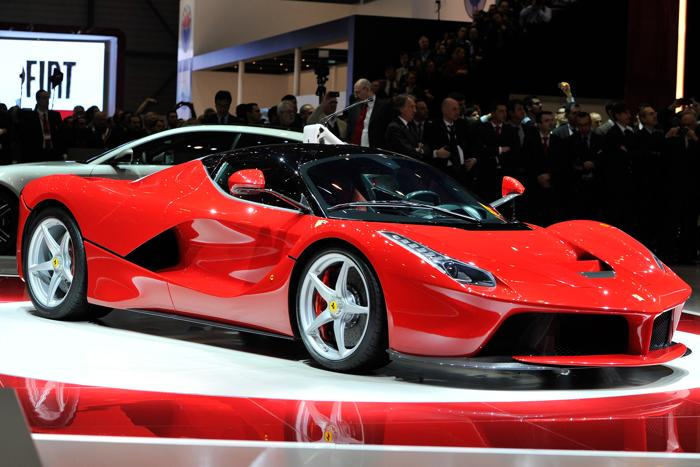 Новый гибрид Ferrari. Фото: Harold Cunningham/Getty Images