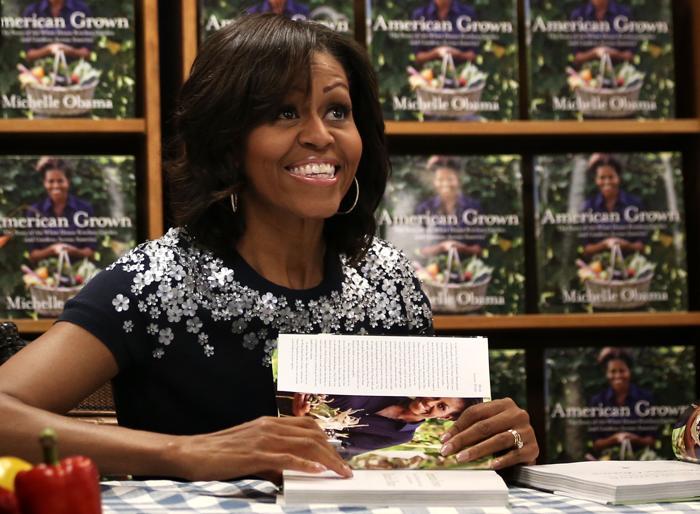 Мишель Обама встретилась с поклонниками её творчества. Фото: JEWEL SAMAD/AFP/Getty Images