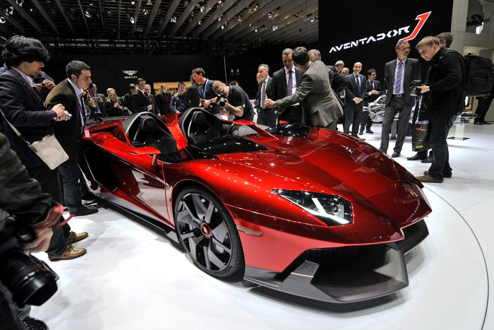 Lamborghini Aventador J 6 марта 2012 года. Фото: FABRICE COFFRINI/AFP/Getty Images