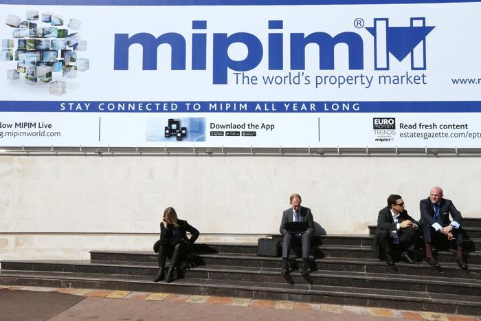 На инвестиционной выставке MIPIM-2013. Фото:  VALERY HACHE/AFP/Getty Images