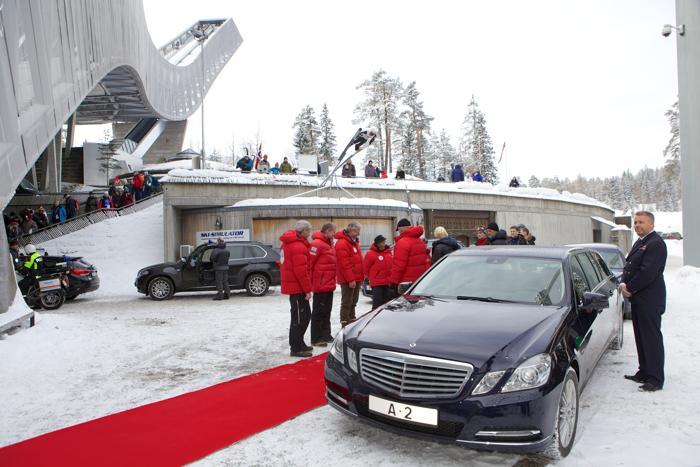 Королевская семья Норвегии посетила лыжный фестиваль в Холменколлене. Фото: Ragnar Singsaas/Getty Images