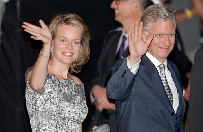 Принц Бельгии Филипп и принцесса Матильда прибыли на праздник в честь отречения и коронации в Брюсселе (Бельгия) 20 июля 2013 года. Фото: Dean Mouhtaropoulos/Getty Images