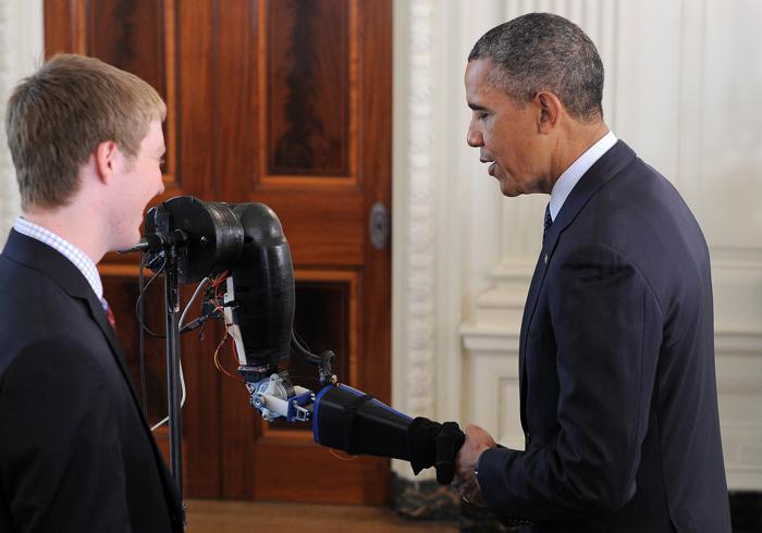 Научная ярмарка прошла в Белом доме. Фото: JEWEL SAMAD/AFP/Getty Images