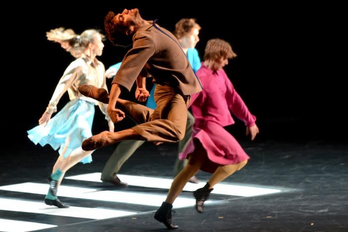 Репетиция перед премьерой  балета «Квартира» прошла в Большом театре. Фото: KIRILL KUDRYAVTSEV/AFP/Getty Images