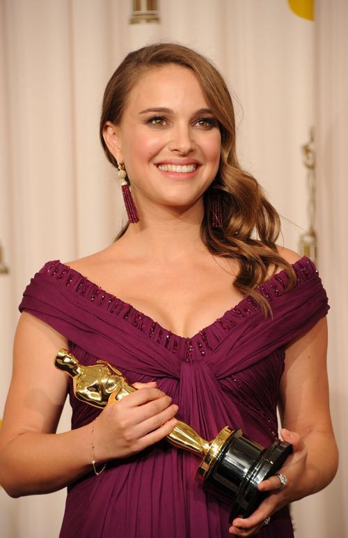 Натали Портман заняла 8 место в списке из 10 самых высокооплачиваемых актрис Голливуда, опубликованном журналом Forbes 29 июля 2013 года. Фото: Jason Merritt/Getty Images