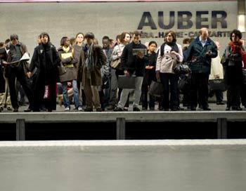 Забастовка машинистов парализовала железнодорожное сообщение. Фото: MARTIN BUREAU/AFP/Getty Images
