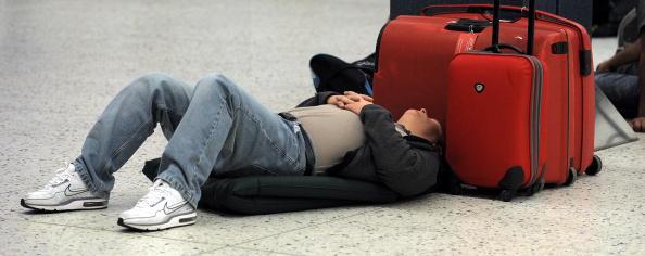 В Европе авиасообщение полностью парализовано. Фото: ANDREW YATES/AFP/Getty Images
