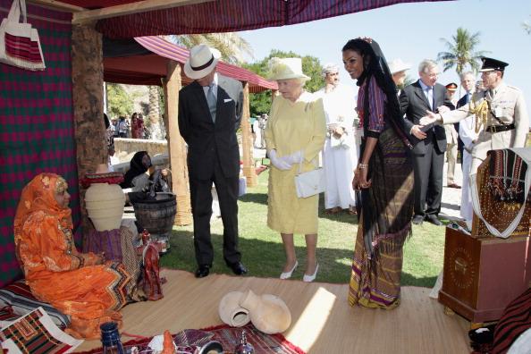 Королева Великобритании Елизавета II в Омане, 27 ноября 2010 года. Фото: Chris Jackson/Getty Images