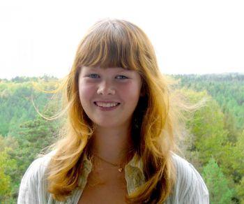 Сага Аннел, 14 лет, школьница