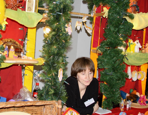 Рождественская ярмарка прошла в посольстве Германии в Москве. Фото: Ульяна КИМ/ Великая Эпоха/The Epoch Times