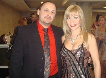 Стас Михайлов с женой. Фото с mihaylov-stas.ru