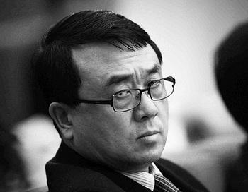 Ван Лицзюнь, бывший начальник Управления общественной безопасности Чунцина, на заседании во время ежегодного Национального народного конгресса в Большом Народном Зале, 6 марта 2011 года, Пекин, Китай. Фото: Feng Li/Getty Images