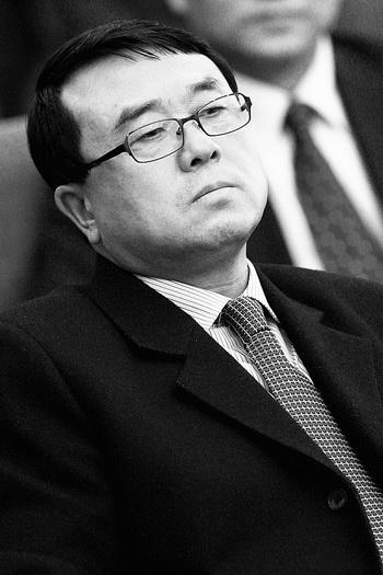 Ван Лицзюнь, бывший начальник Управления общественной безопасности Чунцина, участвует в политической встрече в марте 2011 года. Фото: Feng Li/Getty Images