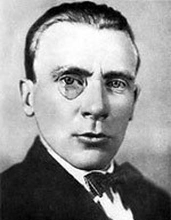 Михаил Булгаков. Фото с сайта liveinternet.ru