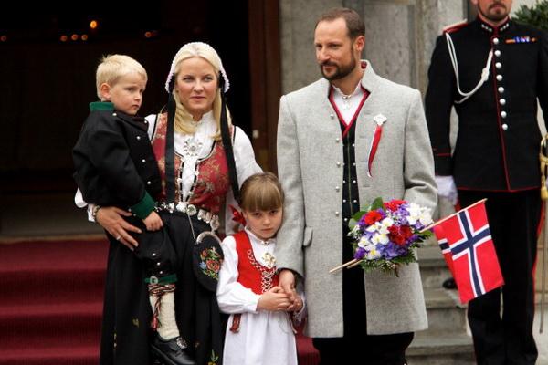 Фоторепортаж о празднике Национального дня в Норвегии.  Фото: Ragnar Singsaas/Getty Images
