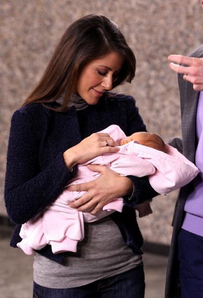 Принц и принцесса Дании Мари и Хоаким впервые представили своего новорожденного сына публике. Фото: Danny Martindale/Getty Images