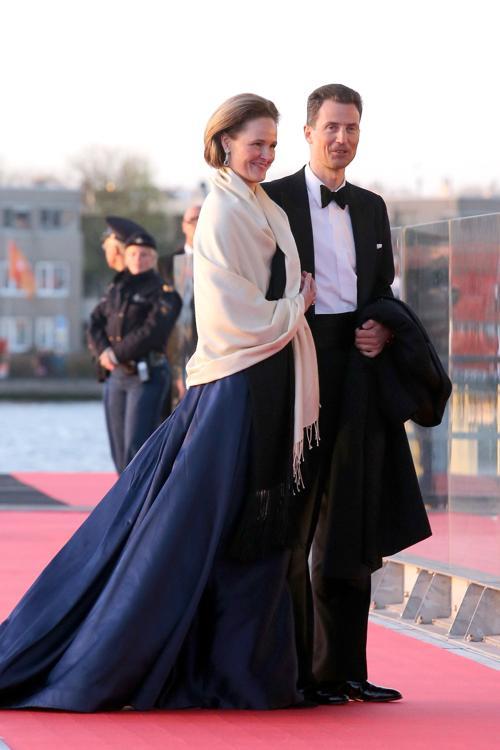 Принцесса Софи Лихтенштейна и наследный принц Лихтенштейна Алоис на официальной церемонии принятия присяги короля Виллема-Александра в Нидерландах 30 апреля 2013 года. Фото: Chris Jackson/Getty Images