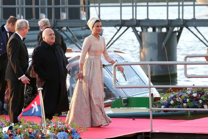 Принц Эль Хассан бин Талал Иордании и принцесса Катара Мозах бинт Нассер аль-Мисснед на официальной церемонии принятия присяги короля Виллема-Александра в Нидерландах 30 апреля 2013 года. Фото: Chris Jackson/Getty Images