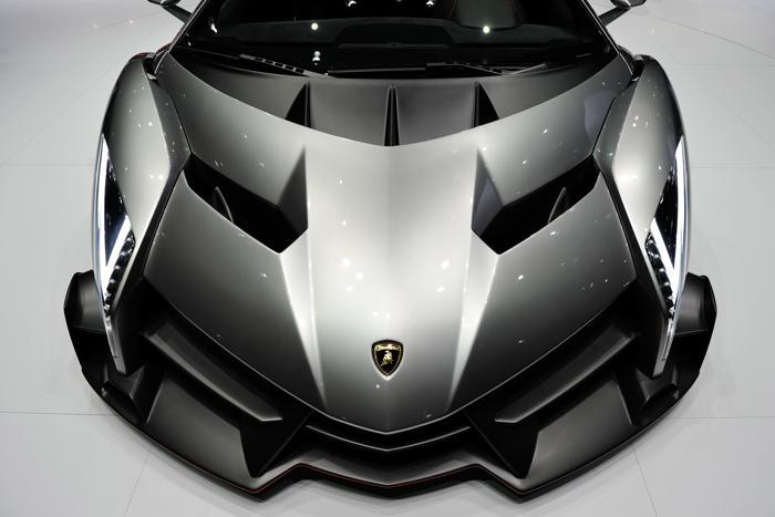 Новый Lamborghini Venenos на автосалоне в Женеве 5 марта 2013 года. Фото: Harold Cunningham/Getty Images