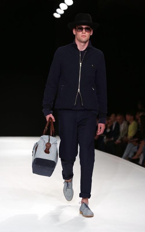 Коллекция Оливера Спенсера представлена на Неделе мужской моды в Лондоне Фото: Tim P. Whitby/Getty Images