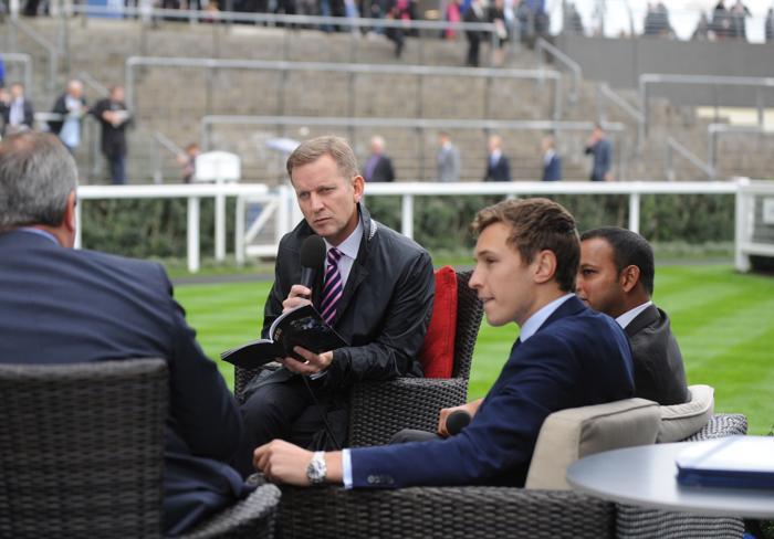 Известный английский теле- и радио ведущий Джереми Кайл  с супругой Карлой посетили скачки в Аскоте (Англия) 19 октября 2013 года. Фото: Stuart C. Wilson/Getty Images for Ascot Racecourse