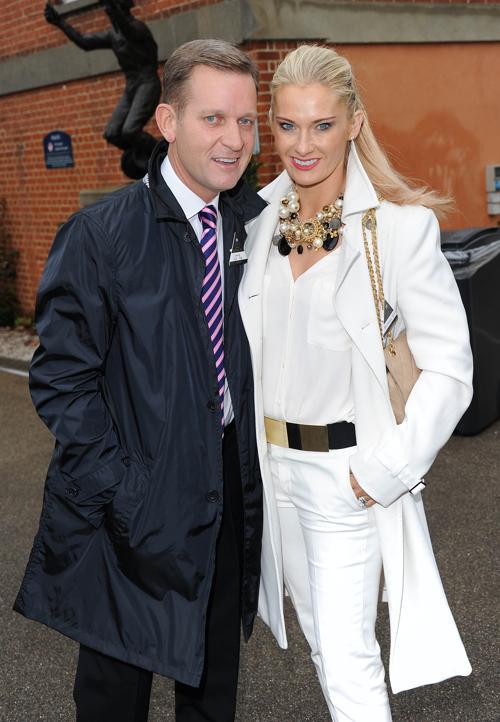 Известный английский теле- и радио ведущий Джереми Кайл  посетил скачки в Аскоте (Англия) 19 октября 2013 года. Фото: Stuart C. Wilson/Getty Images for Ascot Racecourse