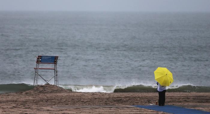 Аквариум в Кони-Айленде и пострадавшие пляжи открылись после урагана Сэнди. Фото: Mario Tama/Getty Images