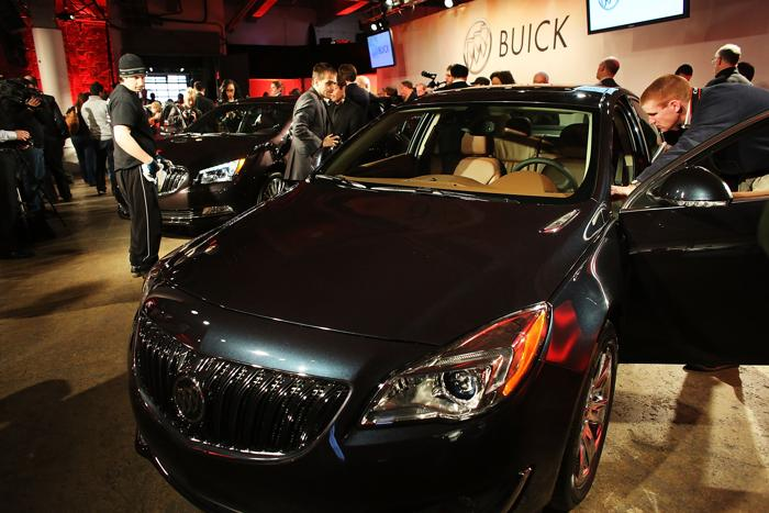 Buick представил LaCross 2014. Фото: Spencer Platt/Getty Images