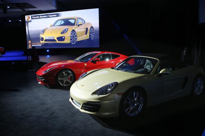 Porsche Boxster и Porsche Cayman стали лучшими спортивными автомобилями 2013 года. Фото: John Moore/Getty Images
