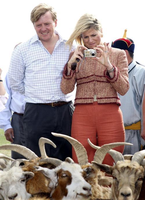 Принц Виллем-Александр с женой Максимой. Фото: Koichi Kamoshida/Getty Images