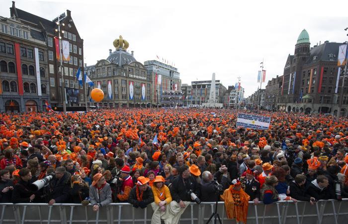 Официальная церемония передачи короны состоялась в Нидерландах. Фото: Bart Maat - Pool/Getty Images