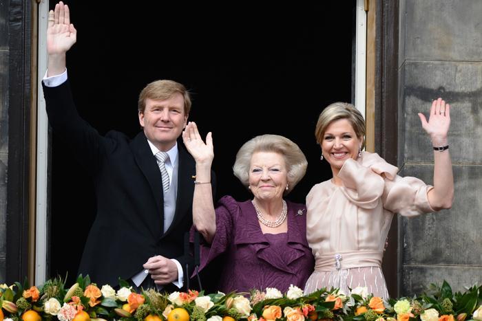 Официальная церемония передачи короны состоялась в Нидерландах. Фото: Pascal Le Segretain/Getty Images