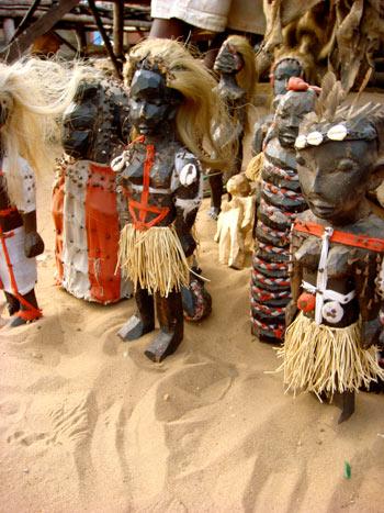Рынок идолов Maрше-дес-Фетишюрс – самый большой колдовской рынок в стране. Фото   предоставлено Валентином Ефремовым