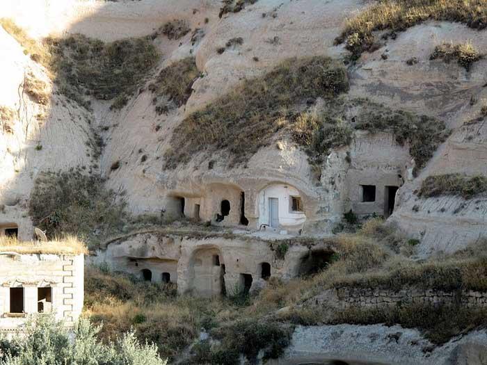 Каппадокия – волшебный город, где дома вырублены прямо в скалах, Турция. Фото: Peretz Partensky/commons.wikimedia.org