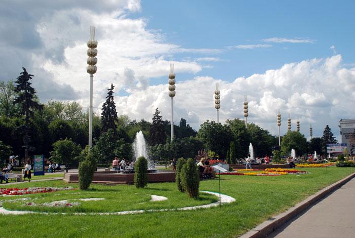 Территория ВВЦ (Всесоюзного Выставочного центра), Москва. Фото: Юлия Цигун/Великая Эпоха (The Epoch Times)