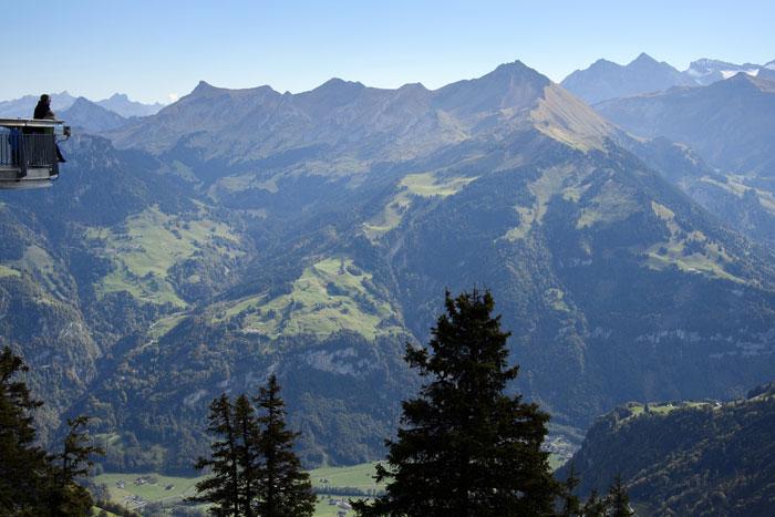 Альпы, Швейцария. Природный туризм - туризм, объектом которого является любая природа, как живая, так и неживая. Фото: FABRICE COFFRINI/AFP/GettyImages