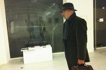 Художник Джон Гото. Фото с сайта художника